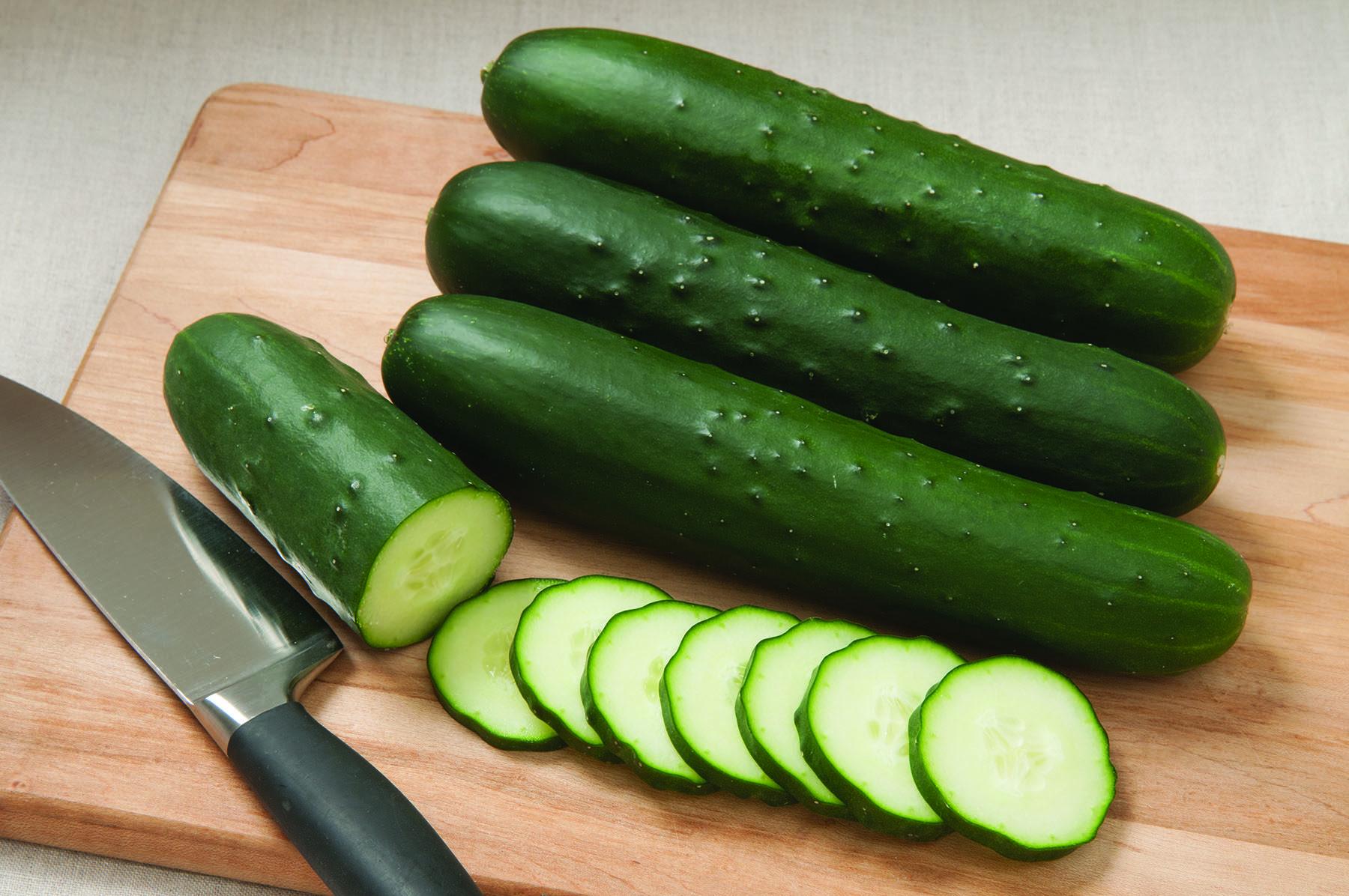 SV4719CS Cucumbers